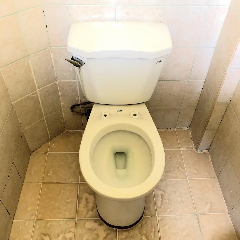 トイレに便座がないorz