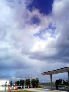 北海道・出発前の青空。