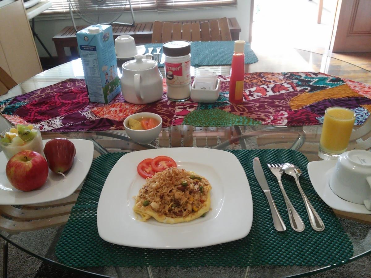 B&B tomang breakfast