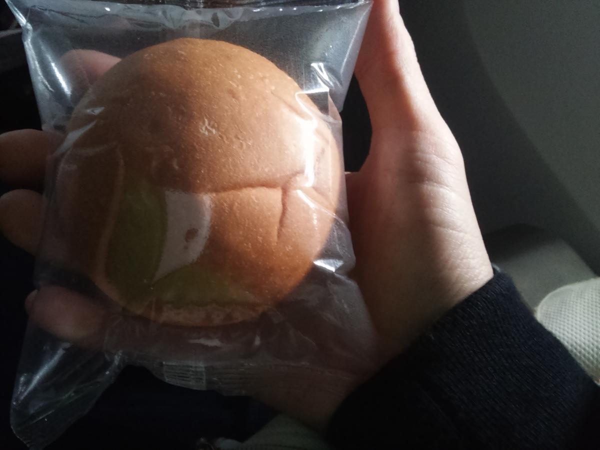 機内食 パン ANA