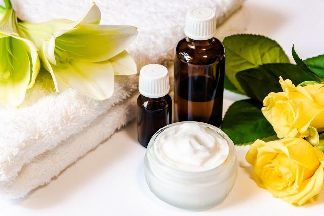 化粧品業界の菌汚染事例