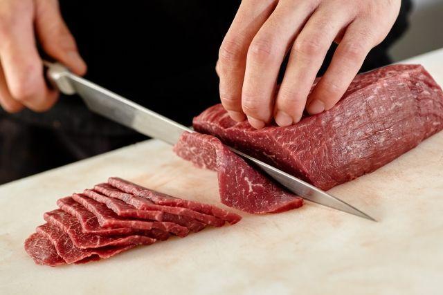お肉屋さん