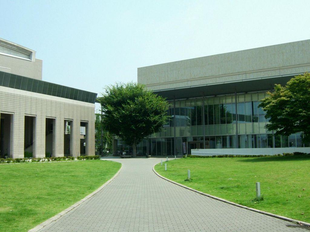 あきる野市図書館