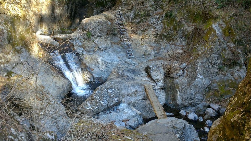 神戸岩でアドベンチャー