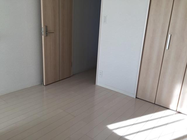 シンプルな部屋01