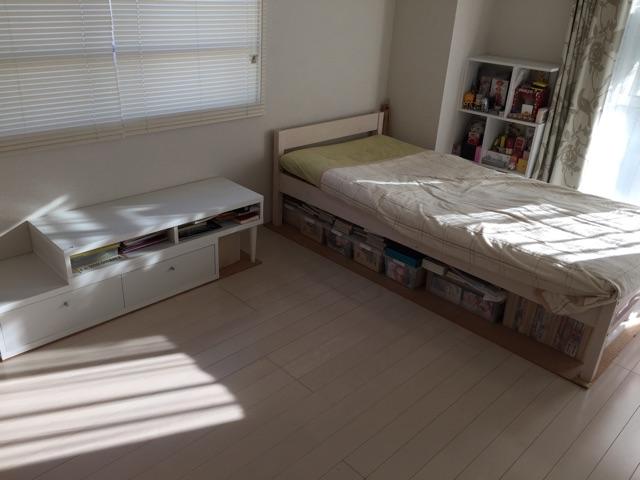 シンプルな部屋02