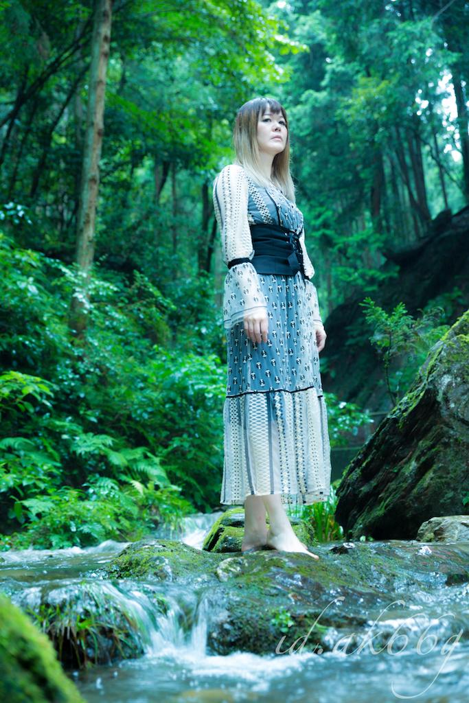 水野アキ 夏の撮影 写真2
