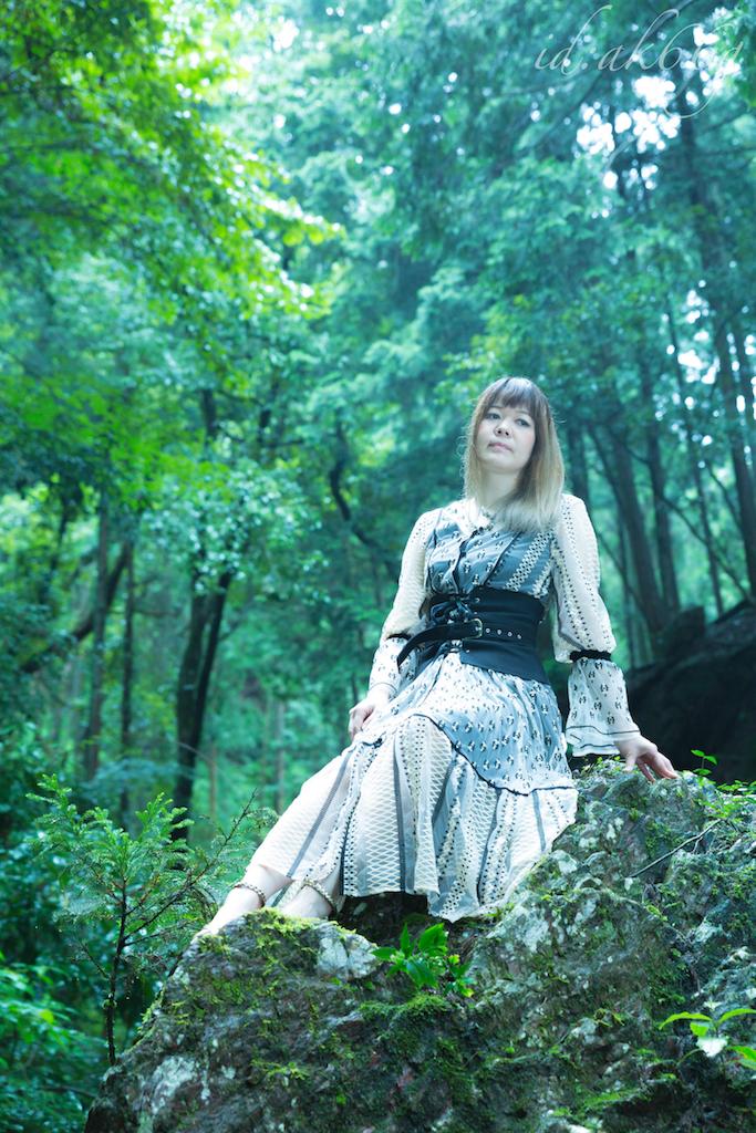 水野アキ 夏の撮影 写真4