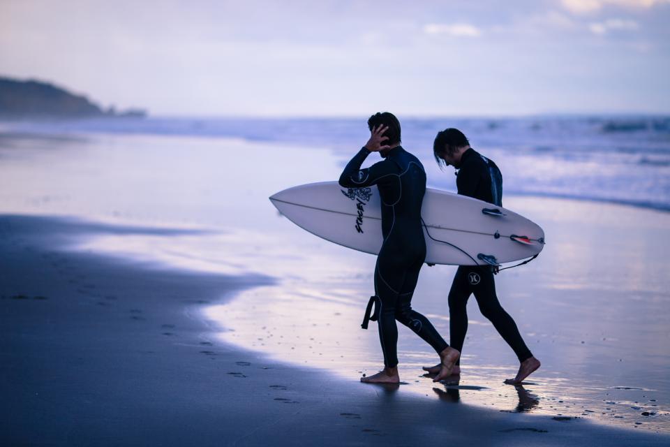 サーフィンサーファー
