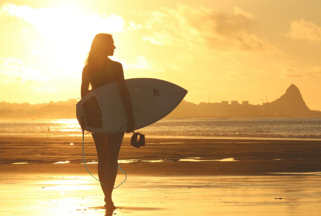 サーフィンライフ女性