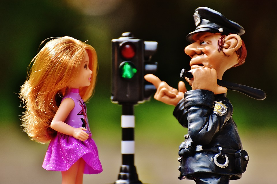 警察官 職務質問 外見 イメージが悪い