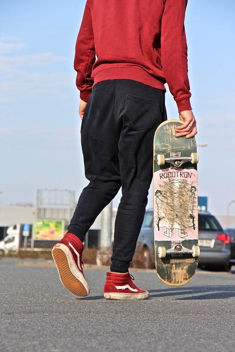 スケートボード 男性