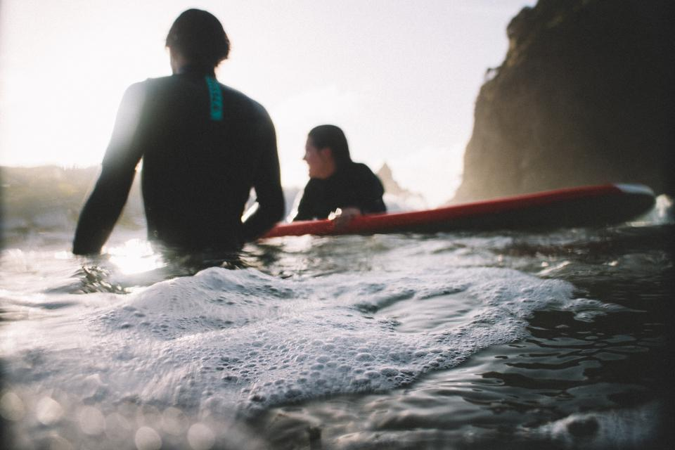 サーフィン 初心者 一人
