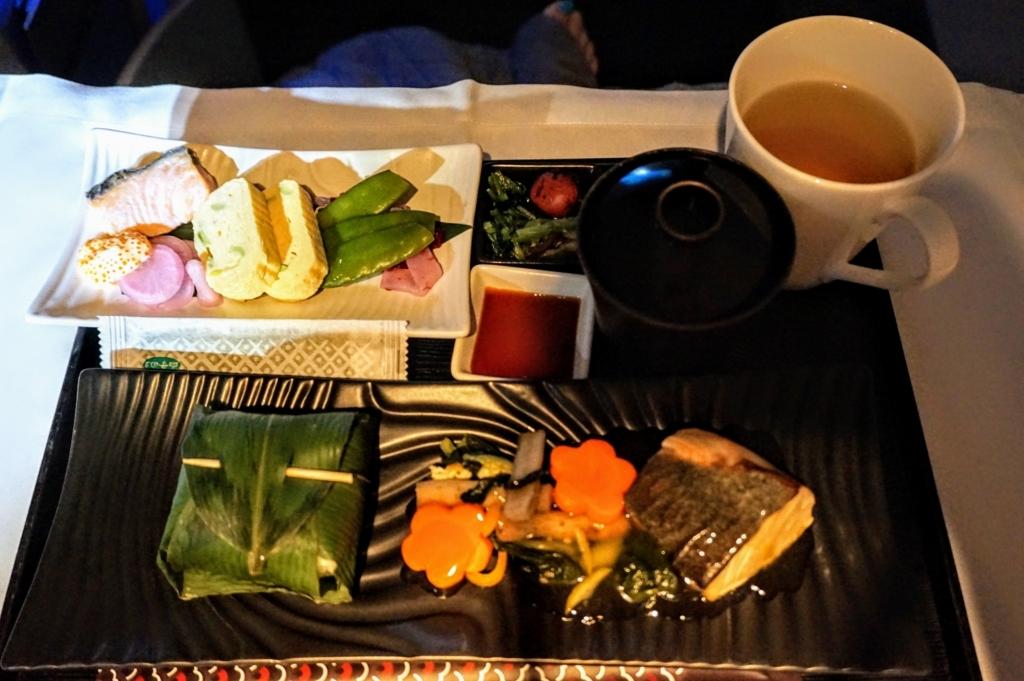 カタール航空ビジネスクラスの和食