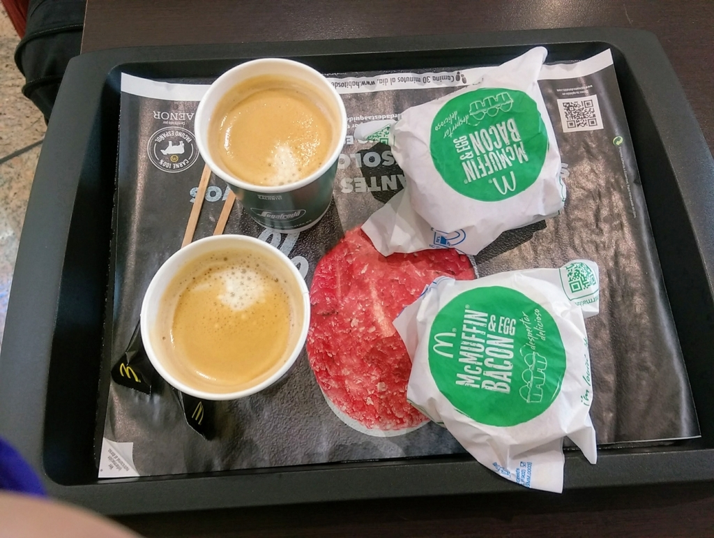 スペインマクドナルドのモーニングセット