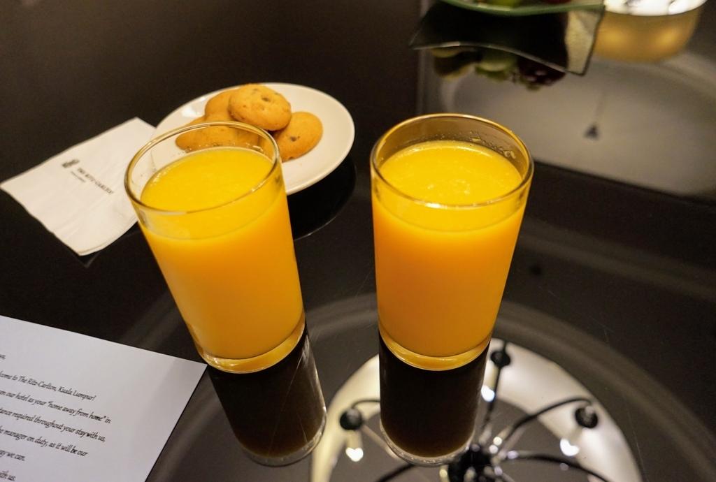 クッキー オレンジジュース 出来立て フレッシュ