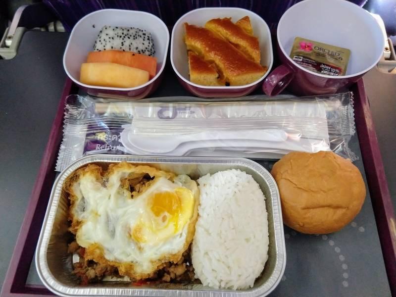 機内食 ガパオライス