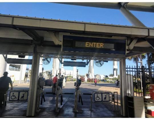 ケネディスペースセンター 入口