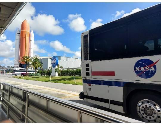 ケネディスペースセンター バス