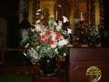 卒園式を祝う壇上の花を生けました。