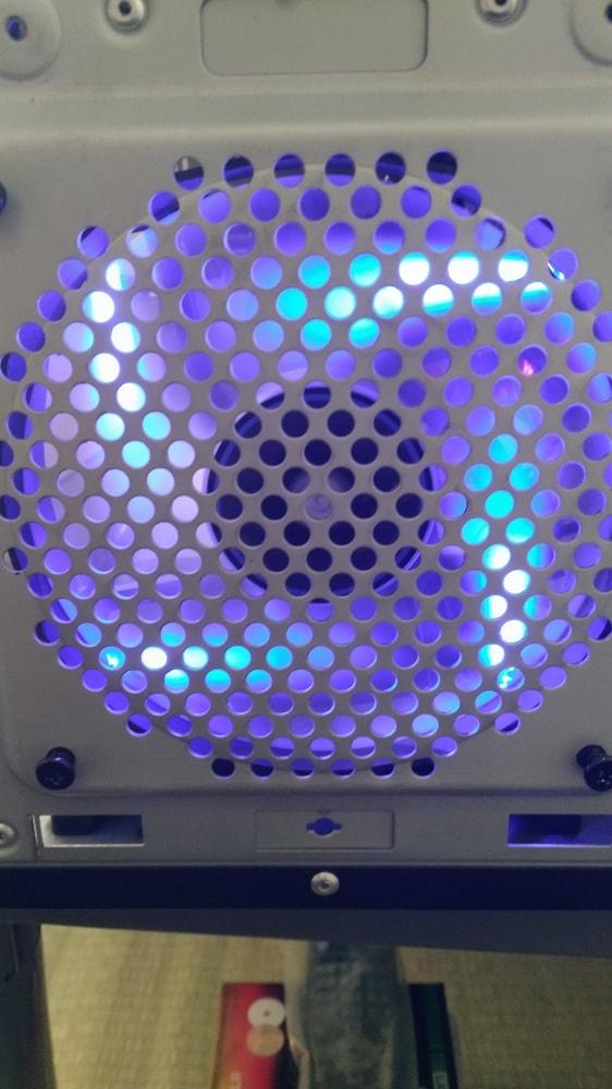 自作パソコンのケースファン交換9
