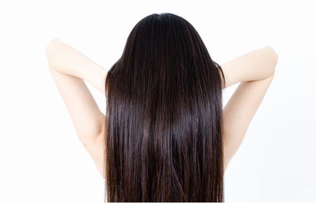女性の黒髪