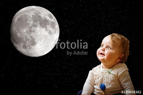 満月の日には出産が多くなる!? 33年ぶりのスーパームーンの日に生まれた娘