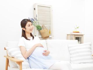 お腹の中で活発に動く我が子!ふいに感じる違った胎動の正体は…しゃっくり?
