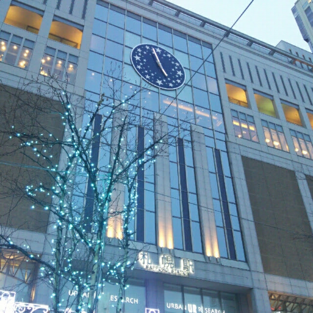 冬の青時計