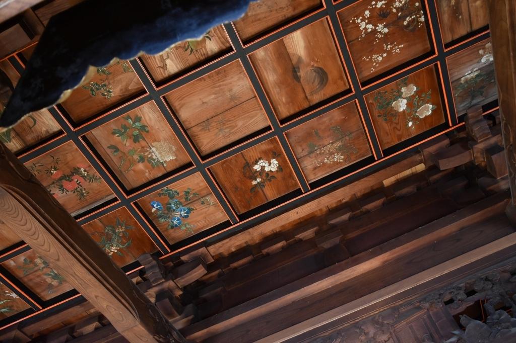修善寺の本殿の内部