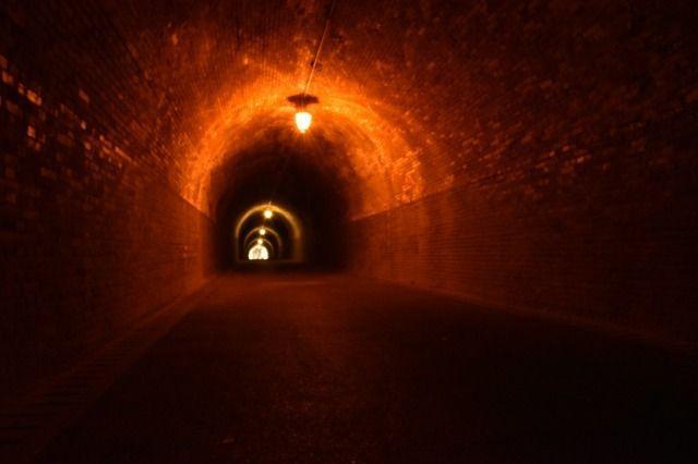 明治トンネルの内部
