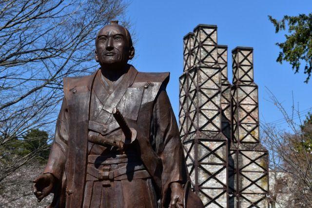 江川英龍の像
