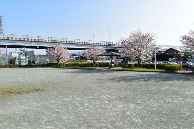 桜堤北公園から伸びる桜堤遊歩道