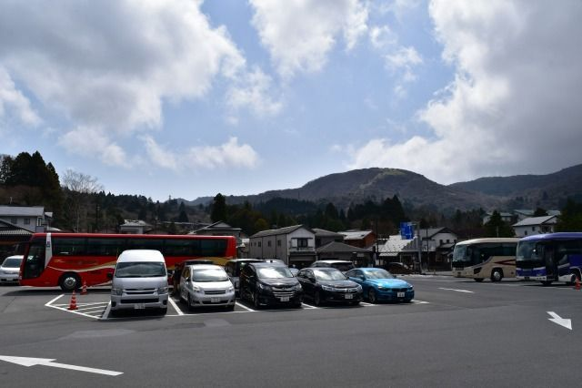 箱根関所-旅物語館の駐車場