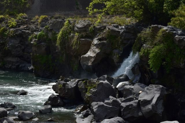 ayutsubo-falls