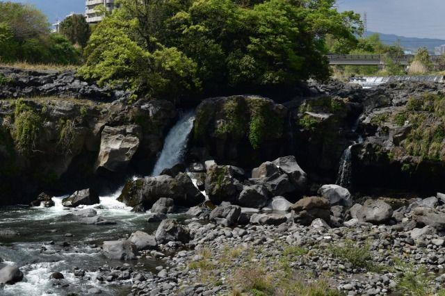 サクラダリセットのロケ地、鮎壷の滝