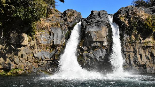 裾野市の五竜の滝