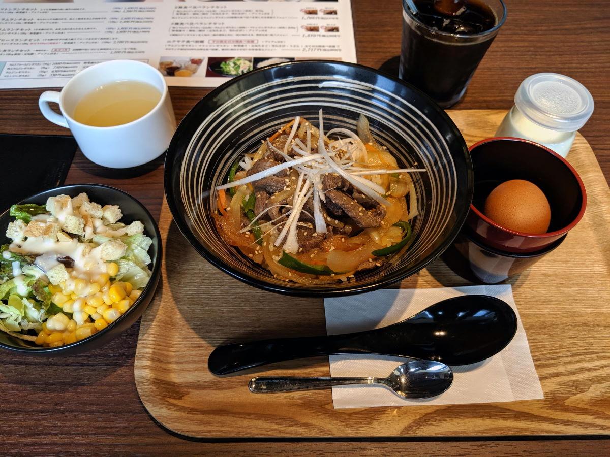 「松尾ジンギスカン」のジンギスカン丼ランチセット