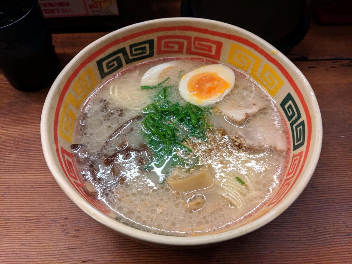 「九州じゃんがら」の九州じゃんがら味玉子