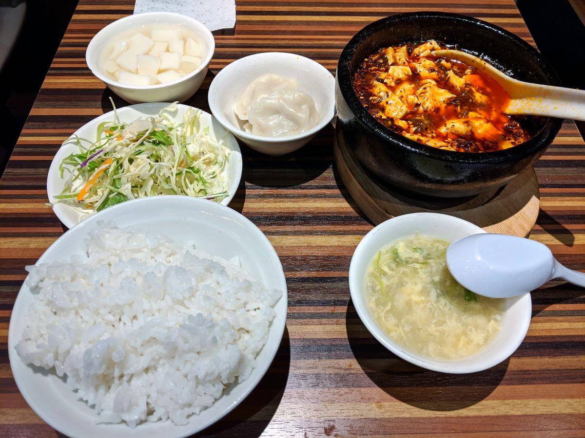 「陳家私菜」の頂点石焼麻婆豆腐
