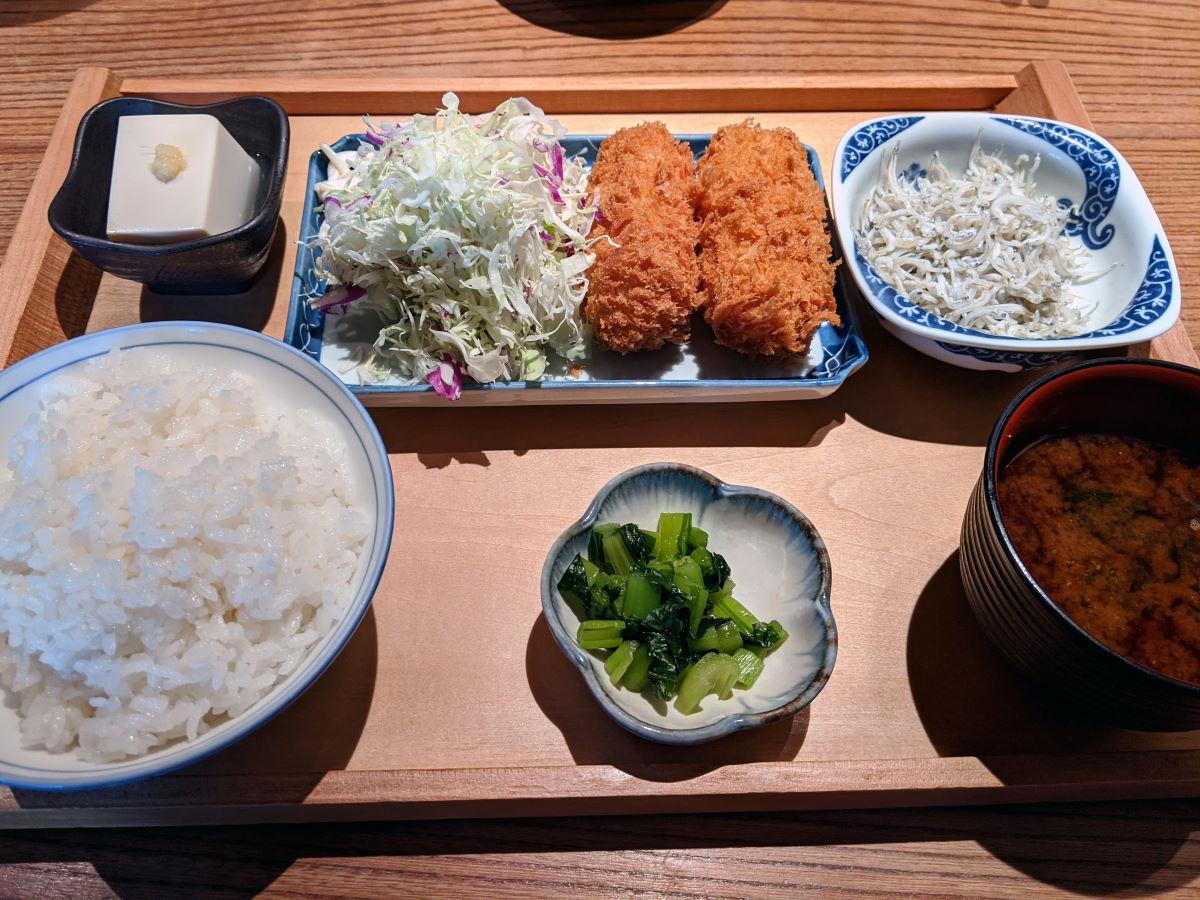 「魚金」の帆立クリームコロッケ定食