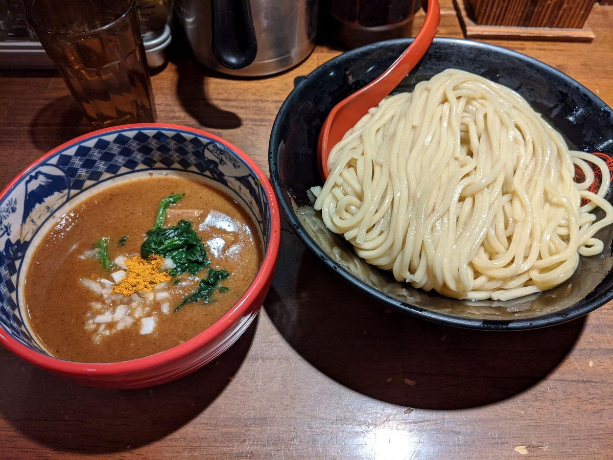 「三田製麺所」のカレーつけ麺