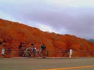 ドコでも好きなところに停めて風景が満喫出来るのは、自転車旅行者の特権ですね(^-^)