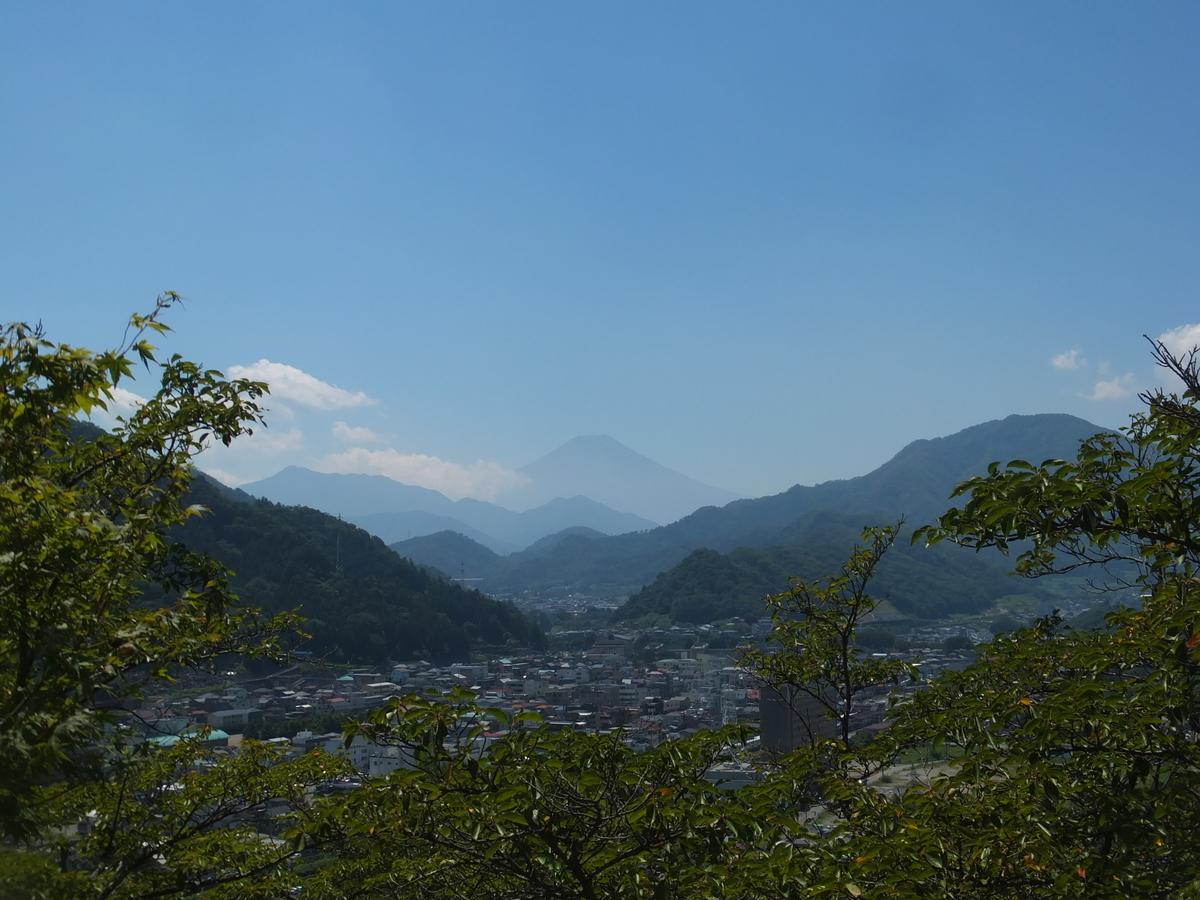 f:id:akira-kami:20120629154632j:plain