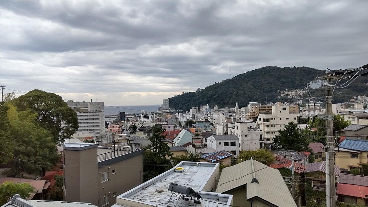 熱海の曇天