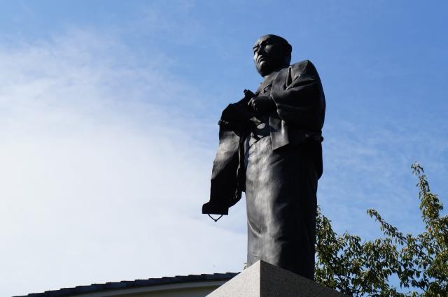 赤穂藩の家老「大石内蔵助」の像