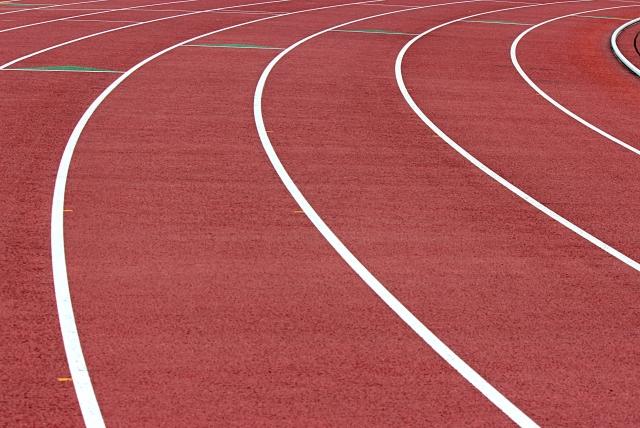 罰ゲームをかけて行われる100m競争