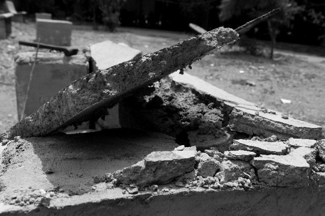 瓦礫の山になったベルリンを表した画像