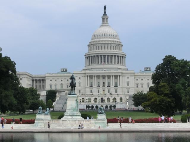 ホワイトハウスで悪戦苦闘する大統領達
