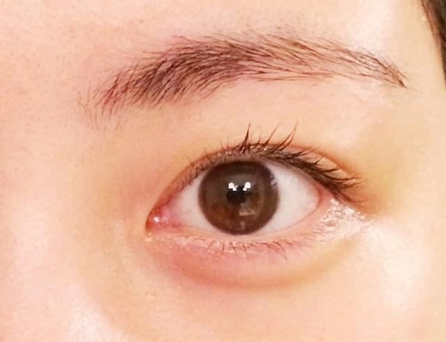 視力低下した目をアップ